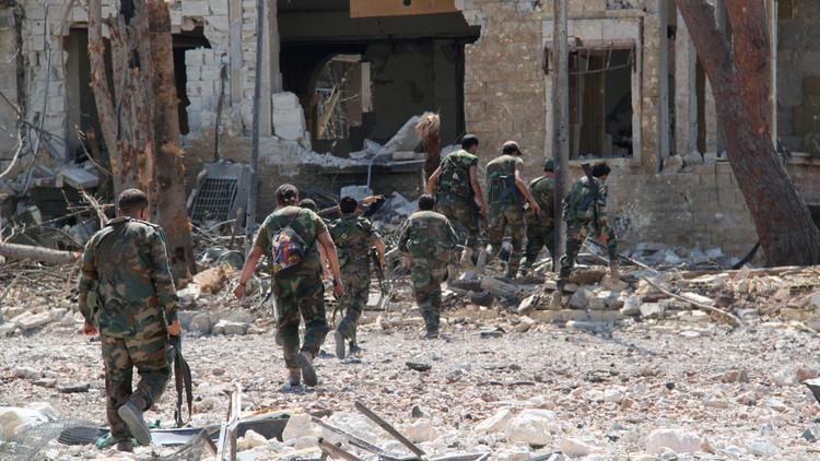 مع بدء مفاوضات جنيف.. معارك في درعا وحماة ودير الزور