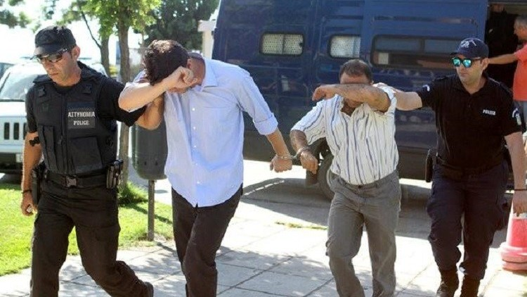 صحيفة: عسكريان تركيان جديدان يطلبان اللجوء في اليونان