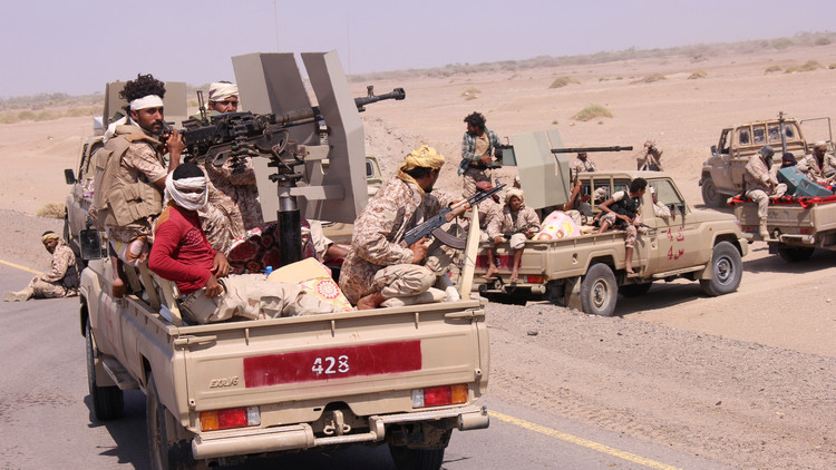 48 قتيلا جراء تفجير انتحاري ومعارك في اليمن