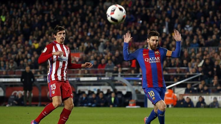 برشلونة ومضيفه أتلتيكو مدريد .. التشكيلة الأساسية