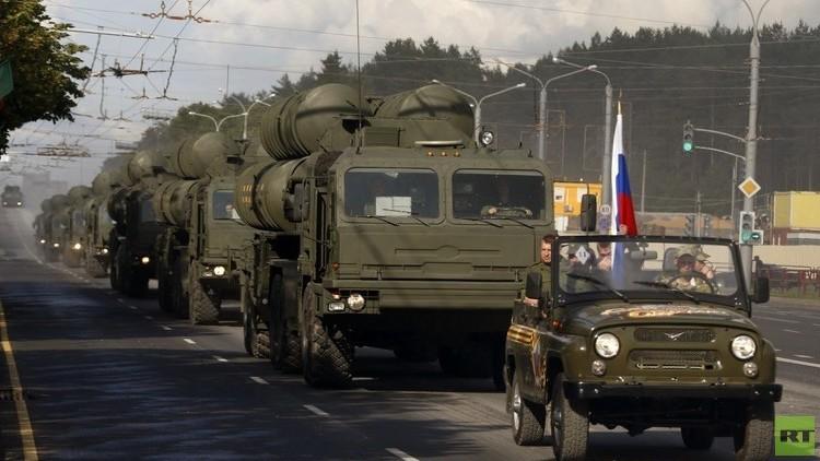 الدفاع الروسية تعلق على صفقة صواريخ