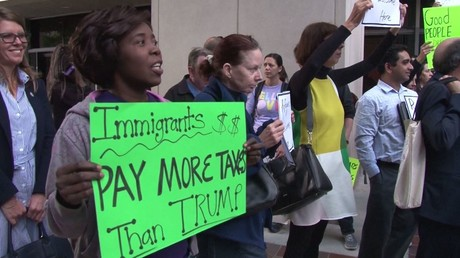 تزايد الطعون ضد قرارات ترامب حول الهجرة
