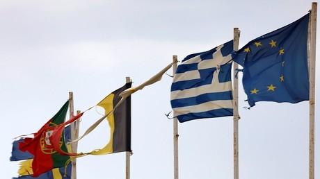 منطقة اليورو مهددة مجددا بسبب الأزمة اليونانية
