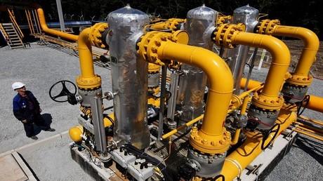 مشروع لحل خلاف الغاز بين موسكو ومينسك
