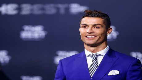 كريستيانو رونالدو نجم ريال مدريد الإسباني والمنتخب البرتغالي
