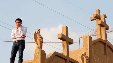 صورة خلال تشييع ضحايا هجوم الكنيسة البطرسية