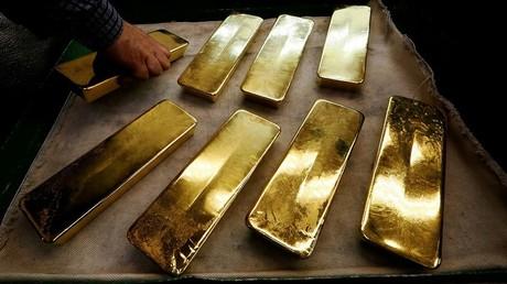 روسيا ترفع احتياطات الذهب بـ11 مليار دولار في عام