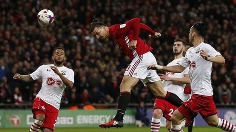 مانشستر يونايتد يحرز لقب كأس الرابطة