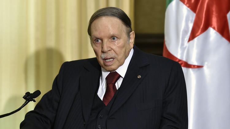 الرئيس بوتفليقة يطفئ شمعته الثمانين