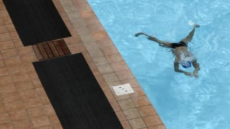 دراسة: نتائج مقلقة لارتفاع نسبة البول في أحواض السباحة
