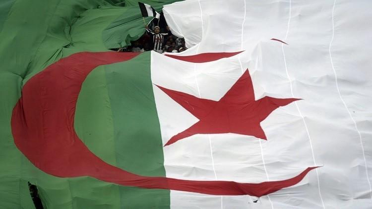الجزائر تمنع أئمة المساجد من الترويج للمرشحين في الانتخابات البرلمانية