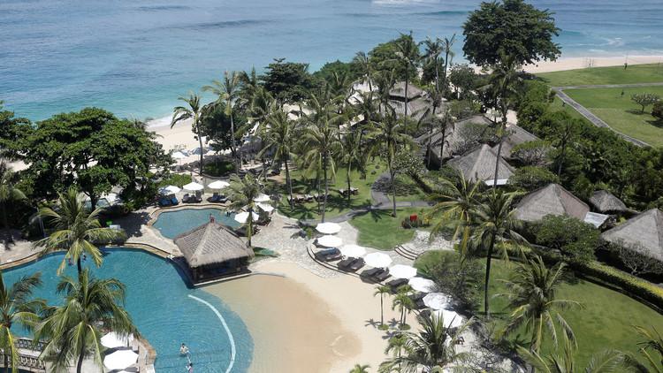 جزيرة بالي تستنفر لاستقبال العاهل السعودي ووفده الضخم
