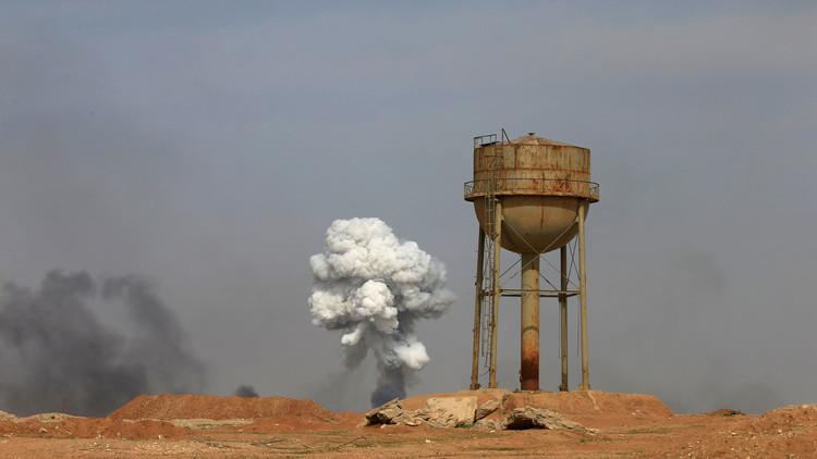 الصليب الأحمر: مهاجمة 7 مدنيين بمواد كيميائية قرب الموصل