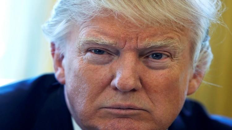 ترامب يتهم الديمقراطيين بالنفاق ويدعو للتحقيق بعلاقاتهم مع روسيا