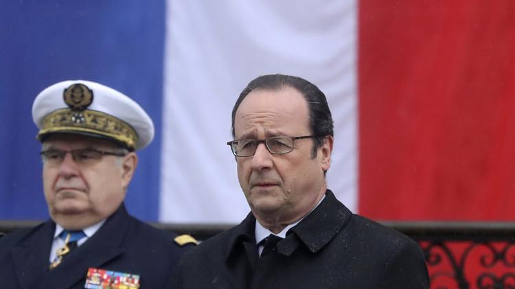هولاند يرد على ترامب: العالم يحب باريس
