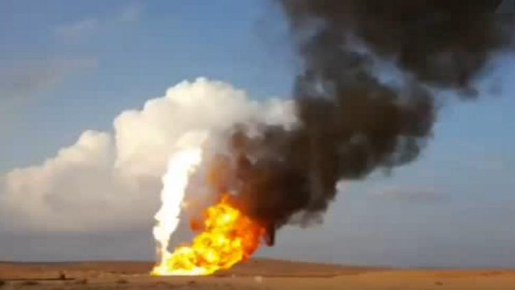 داعش يحرق حقول الغاز في موقع حيان قرب تدمر