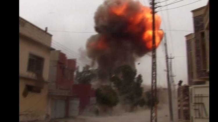 لحظة تفجير مفخخة في الموصل