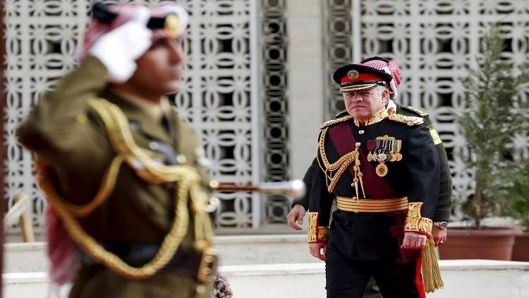 العاهل الأردني يلتقي رئيس هيئة الأركان البريطانية في عمان