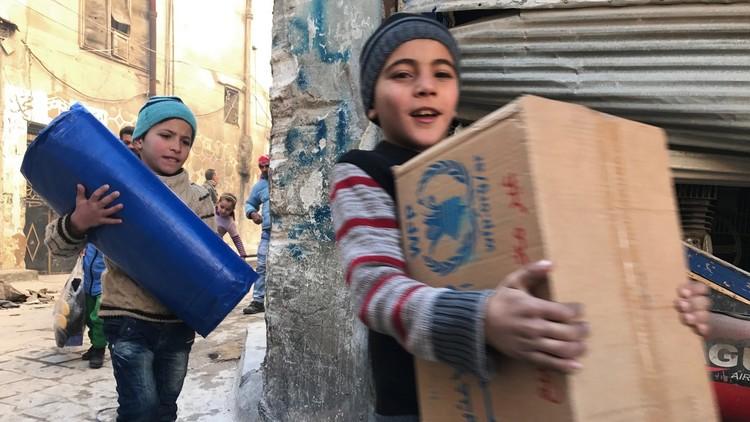 حملات إنسانية روسية في سوريا تشمل آلاف المحتاجين