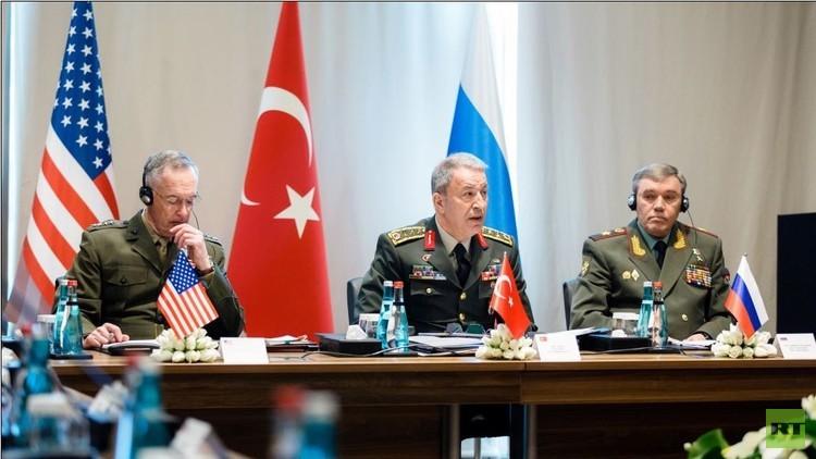 الدفاع الروسية: رؤساء أركان روسيا وتركيا والولايات المتحدة يبحثون في تركيا الشأن السوري