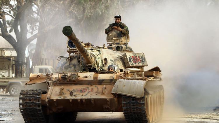 الجيش الليبي يرد من داخل قاعدة طبرق الجوية