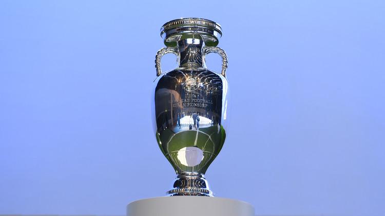 استضافة بطولة أوروبا 2024 تنحصر بين ألمانيا وتركيا