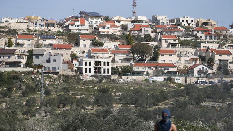 إسرائيل ترد على مقاطعتها بحظر الدخول إليها
