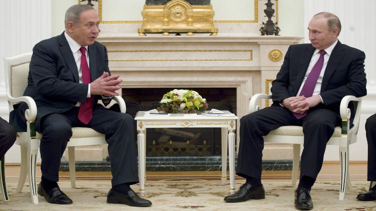 نتنياهو يطلب المساعدة من بوتين لاسترجاع جثامين إسرائيليين تحتجزهم حماس