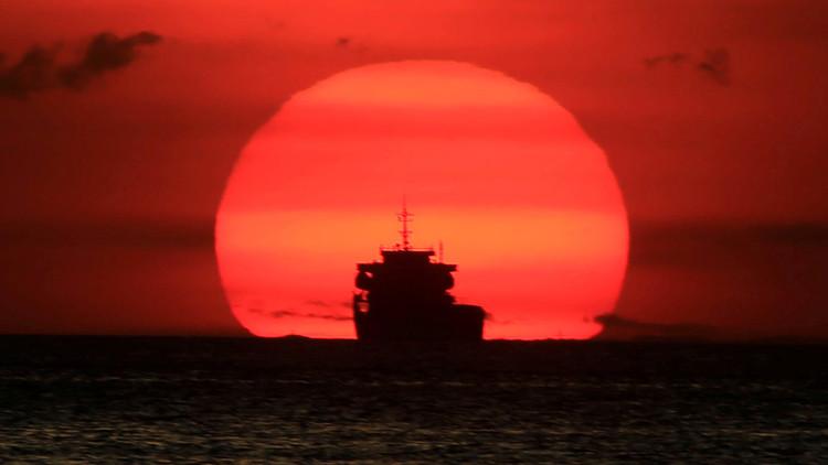 ما هي السفن الشبح في المياه الأوروبية؟