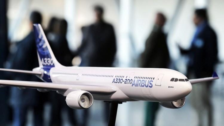 إيران تتسلم ثاني طائرة ركاب بعد رفع العقوبات الدولية عنها