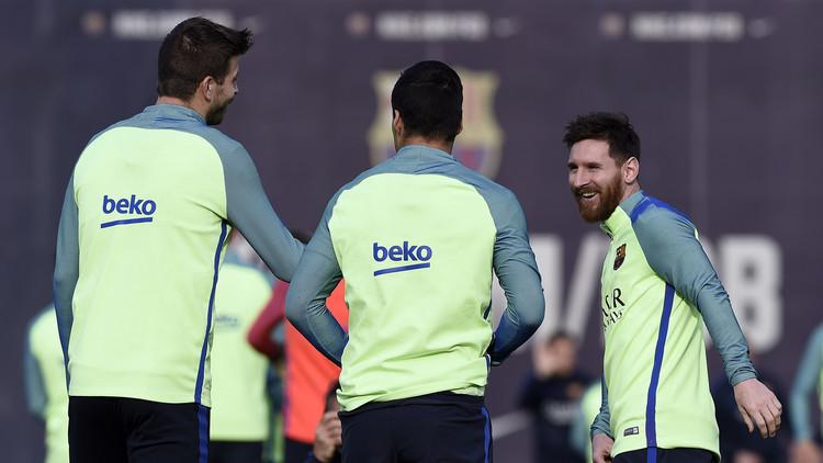 تشكيلة برشلونة ومضيفه ديبورتيفو لاكارونا