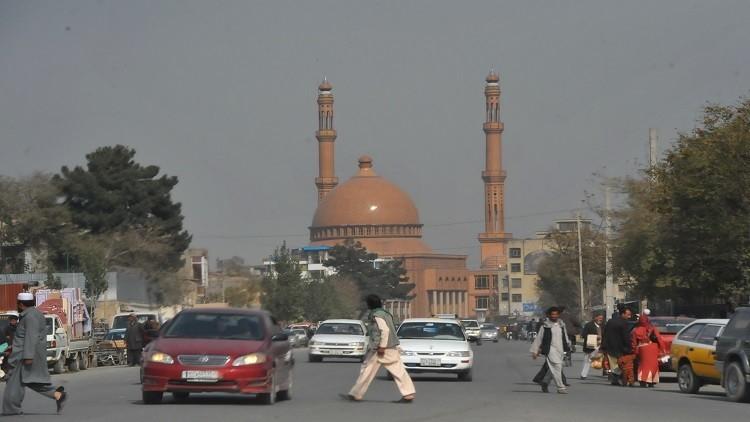 أفغانستان تستعين بروسيا لإنعاش الاقتصاد