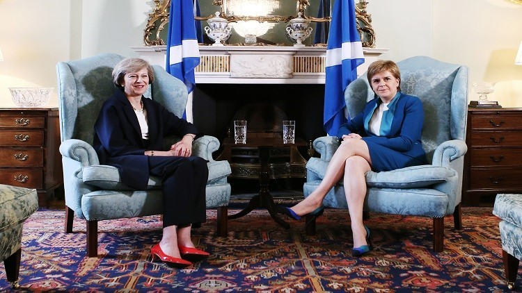 خروج بريطانيا من الاتحاد الأوروبي يهدد بانفصال اسكتلندا عنها