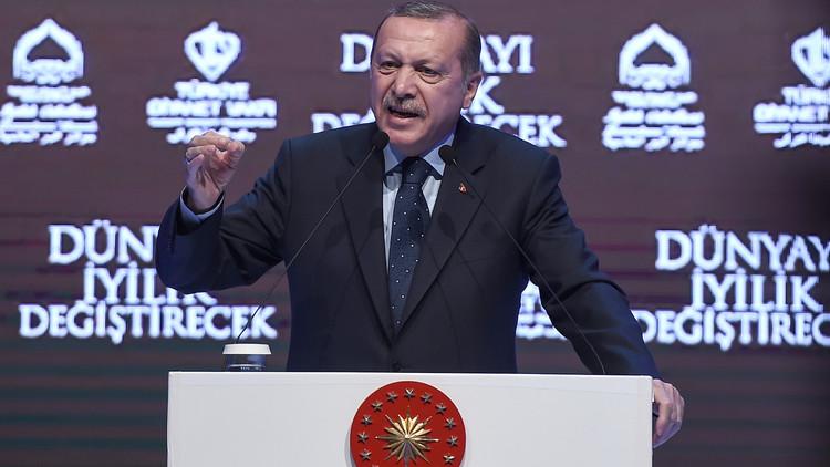 أردوغان لميركل: أنت تدعمين الإرهابيين وتغذينهم