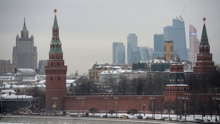 روسيا لا تتدخل فى الشأن الليبي وتجري اتصالات مع جميع الأطراف