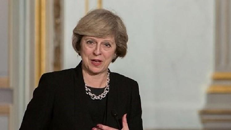 ماي تدعو حكومة اسكتلندا إلى التفكير في الوحدة