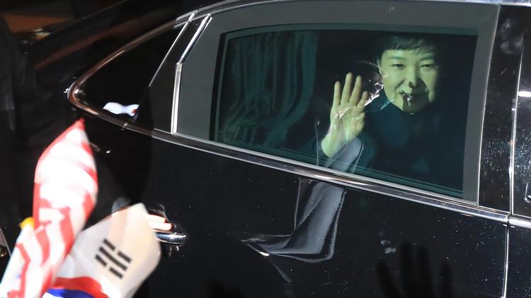 الرئيسة الكورية المعزولة ستخضع للتحقيق المباشر
