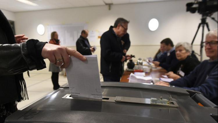 حزب رئيس الوزراء يتصدر في الانتخابات التشريعية الهولندية