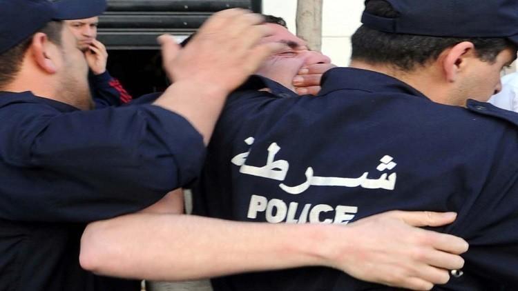 الجزائر.. إحباط محاولة انتحار جماعي (صور)