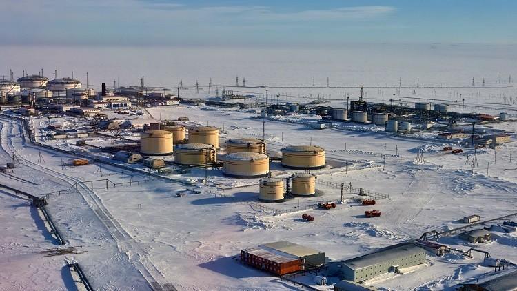 روسيا تخفض إنتاج النفط  120 ألف برميل يوميا خلال فبراير
