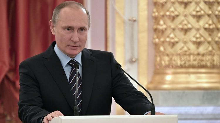 الكرملين يوضّح موقف بوتين من العودة إلى الحكم القيصري