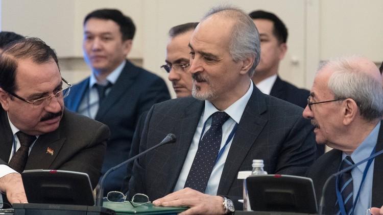 الجعفري: بحثنا مع الروس موضوع الدستور واللجنة فور انتهاء المفاوضات