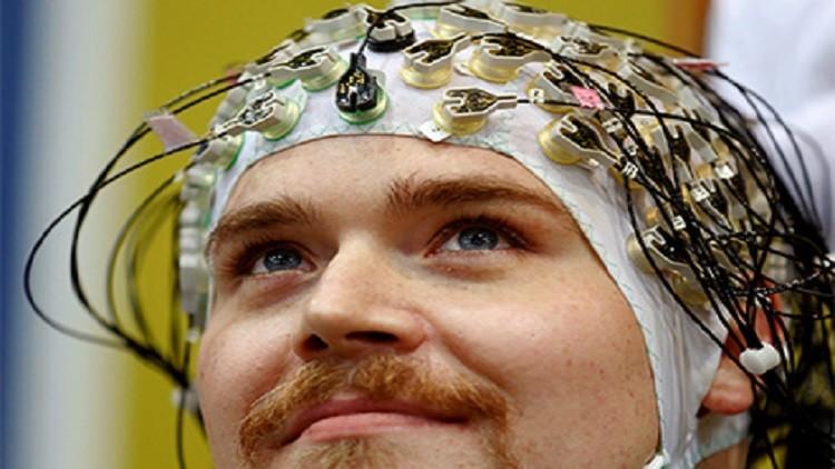 العلماء يؤكدون فائدة التحفيز الكهربائي للدماغ
