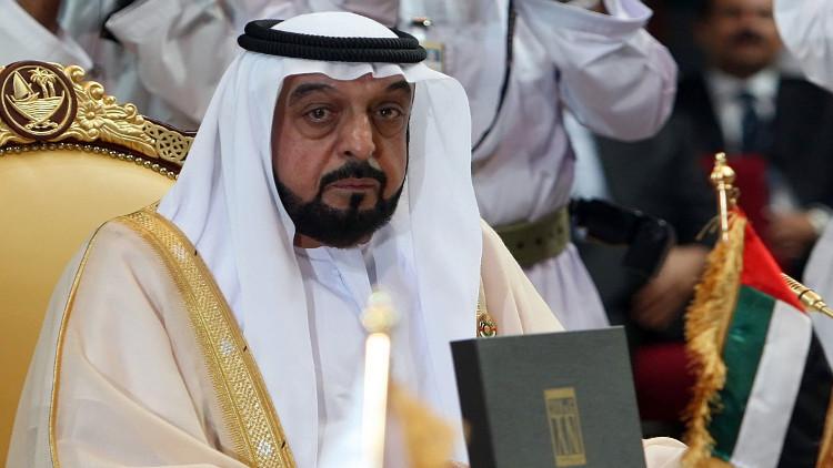 الإمارات تعلن عودة خليفة إلى أرض الوطن