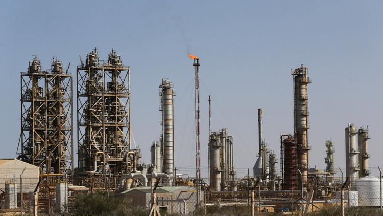 الحكومة الليبية في طبرق تلغي الاتفاق مع المؤسسة الوطنية للنفط