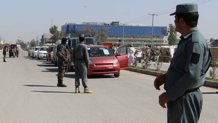 مقتل شخص وإصابة سبعة بتفجير استهدف قاعدة عسكرية شرق أفغانستان