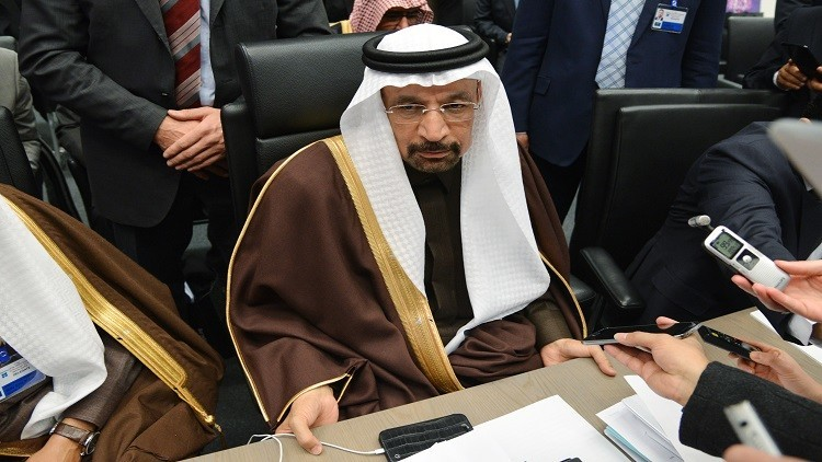 الرياض تتطلع لتمديد اتفاق خفض إنتاج النفط
