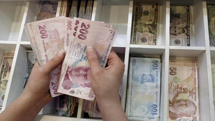 المركزي التركي يشدد السياسة النقدية