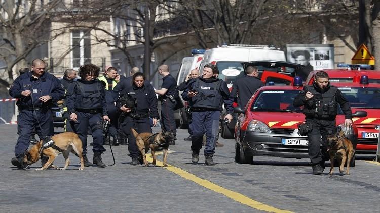 شرطة باريس تعتقل مجرما ذبح والده وشقيقه