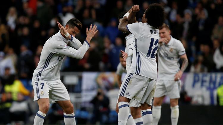 ريال مدريد للتشبث بالريادة وبرشلونة لتعويض هفوة الديبور